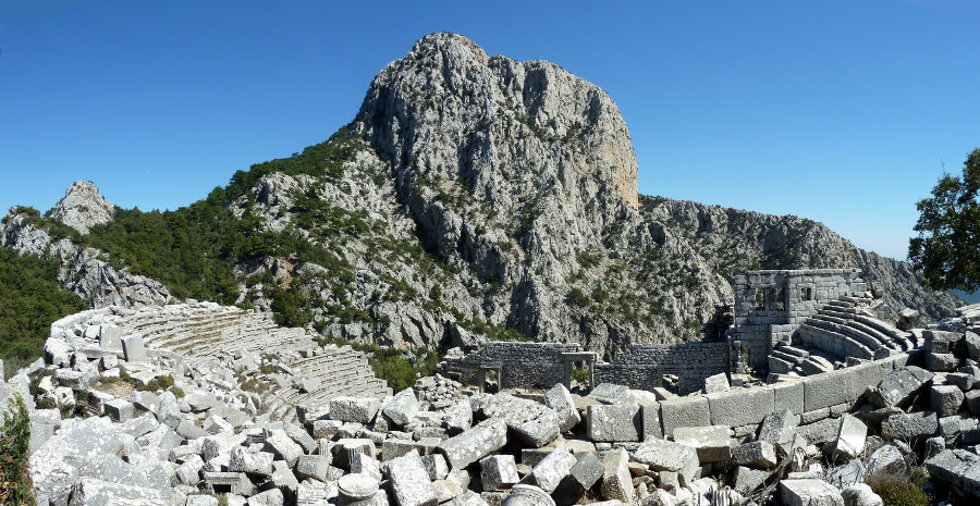 Termessos_Theater_01.jpg